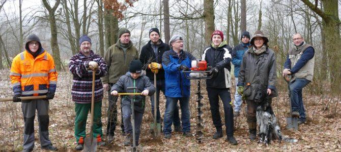 Pflanzaktion im Revier Oberkotzau-Ost